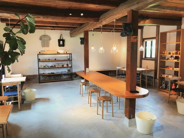 吉村醸造飲食スペース1.jpg